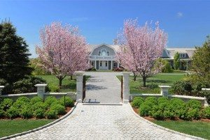 Driveway view of a Luxury Hampton Home ,Beechnut Hill Farm